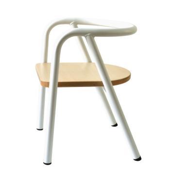 charlie-crane-krzeselko-dzieciece-hito-white